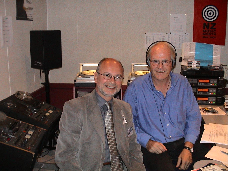 Renan Biro & Wayne Mowat dans le Studio de Radio New Zealand à Wellington